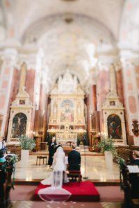 Hochzeit Schottenkirche Urban Wedding Vienna | hochzeitshummel.at | photos: Carmen & Ingo Photography