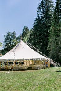 Marquee Zelt für Hochzeiten | Die HochzeitsHummel | Foto: Mek Bueno