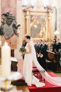 Hochzeit Schottenkirche Urban Wedding Vienna   hochzeitshummel.at   photos: Carmen & Ingo Photography