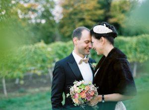 Hochzeit zwischen den Weingärten  Die HochzeitsHummel