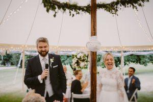 Hochzeit im Zelt | Die HochzeitsHummel | Foto: Ulrich Sperl Weddings